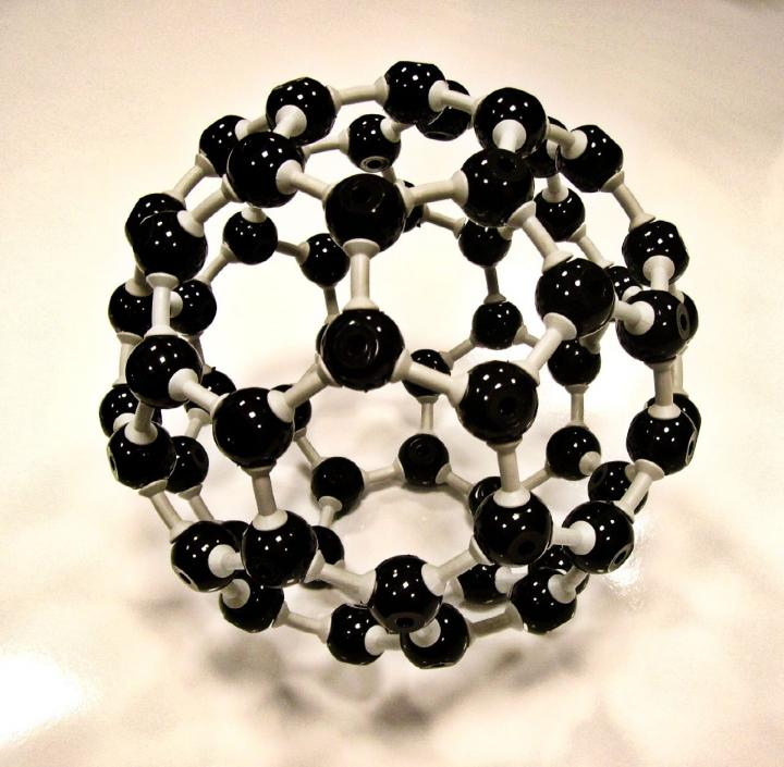 IMAGE  - 114035 web 1 - Researchers create artificial protein to control assembly of buckyballs