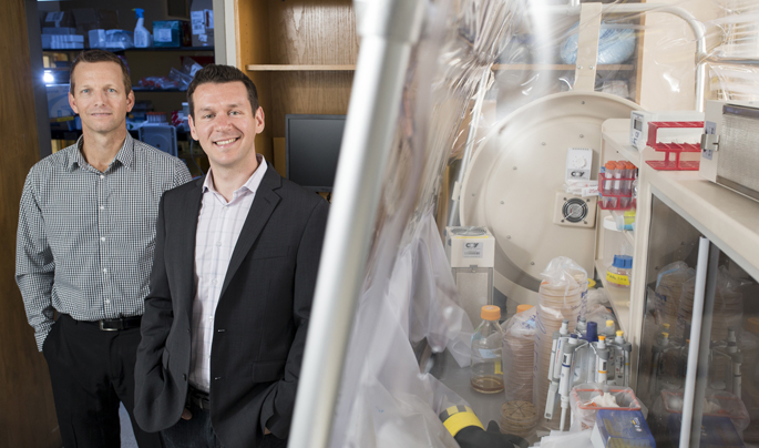 Eric Skaar, Ph.D., left, and Joseph Zackular, Ph.D., have discovered that too much dietary zinc alters the gut microbiome and increases susceptibility to C. diff infection. Credit: Vanderbilt University