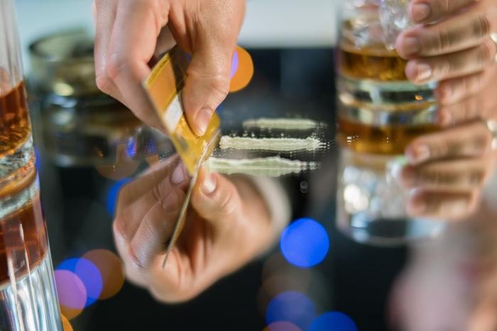 How serotonin curbs cocaine addiction