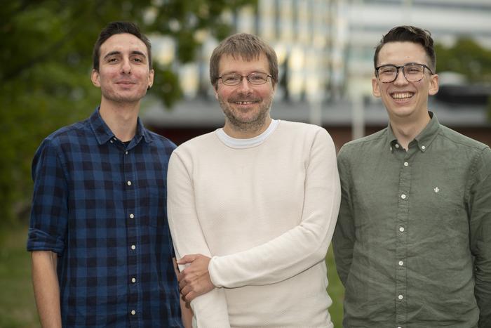 Vassilis Glaros, Taras Kreslavsky & Sebastian Ols